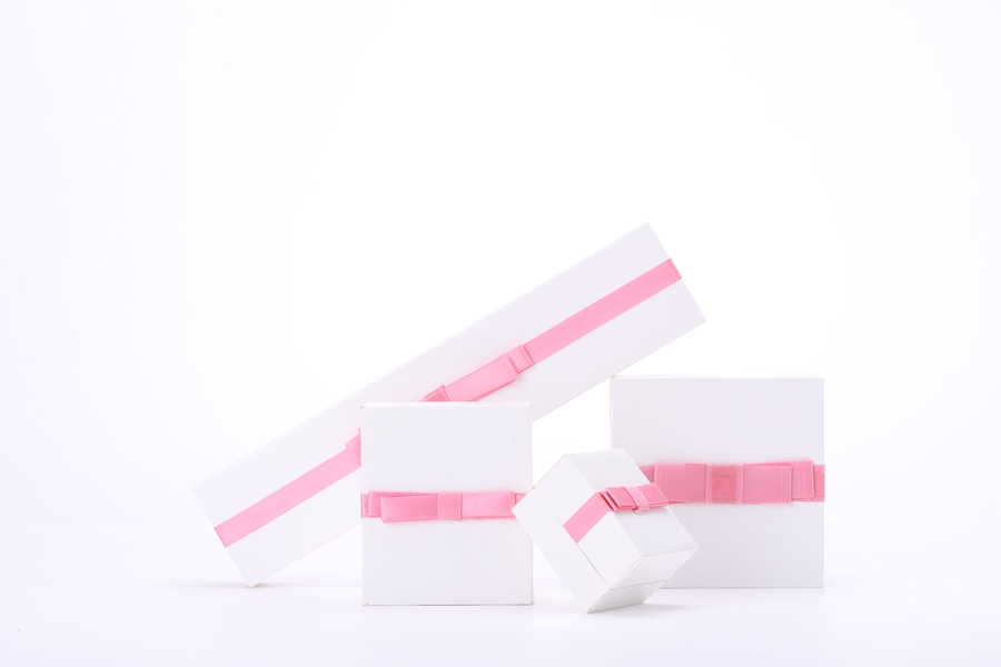 ZTB-047 cardboard jewelry display box with ribbon and bow