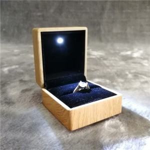 ZTB-014-A1  wood texture finishing plastic ring box jewelry gift box with LED light