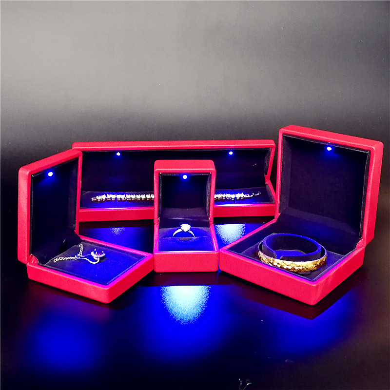 ZTB-034A PU leather plastic jewelry gift box with LED lights for anniversary and festival