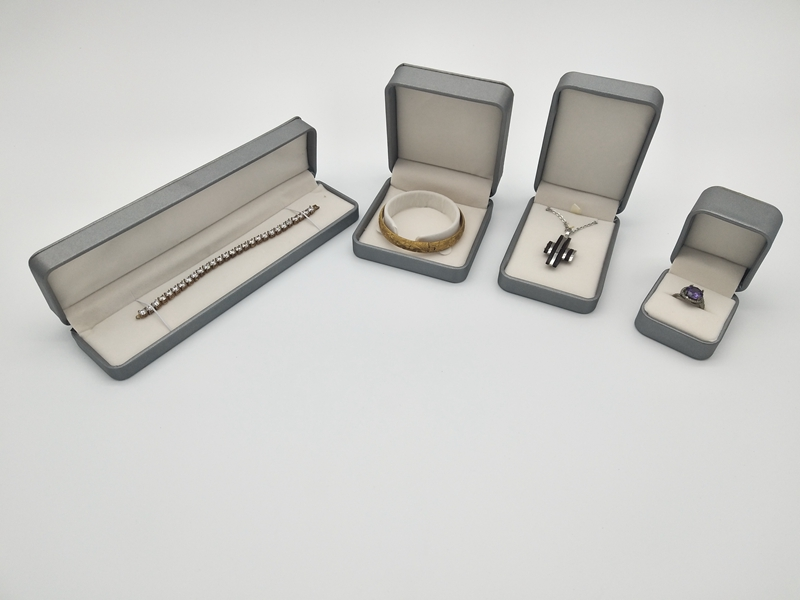 ZTB-038 PU laminated jewelry gift box for ring pendant bangle and bracelet for proposal engagement and wedding
