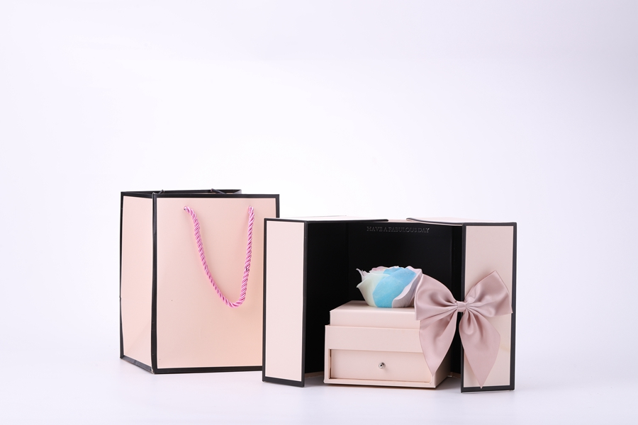 ZTB-097 jewelry collection box with flower (box in box)