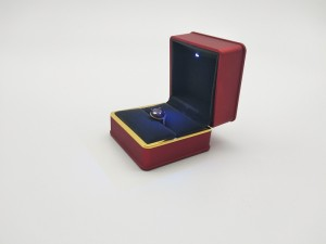 ZTB-042A painted Engagement Jewelry Earring  Ring box with LED Light