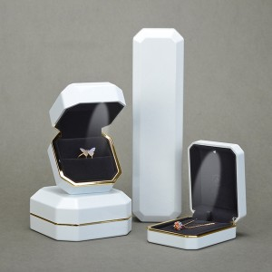DH-002  plastic painted jewelry box with LED light