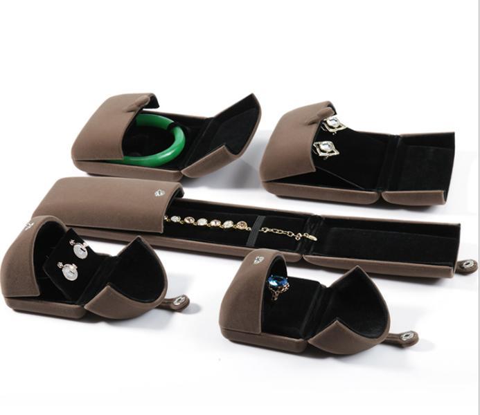 ZTB-057 High quality velvet jewelry gift box for jewelry storage