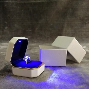 ZTB-013 fancy ring jewelry gift box with LED light for engagement and wedding