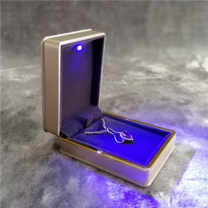 ZTB-021 gold color painted plastic jewelry gift box for pendant with LED lights