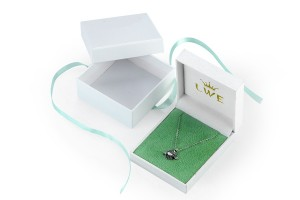 JH-007  beautiful plastic jewelry  collection gift box with ribbon